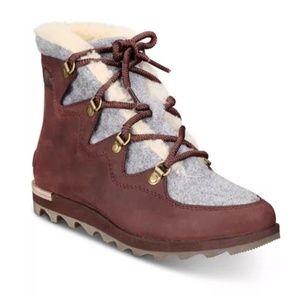 Sorel Women's Sneakchic Alpine Boot